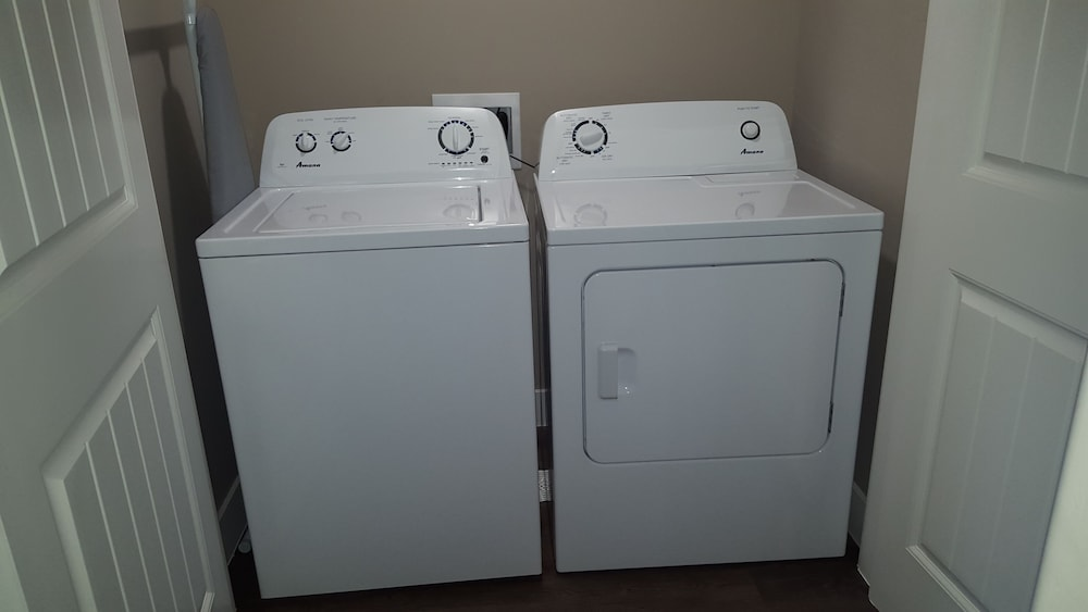 Laundry Room, Estancia Resort! New Beauty in St George With Heated Pool and Pickleball