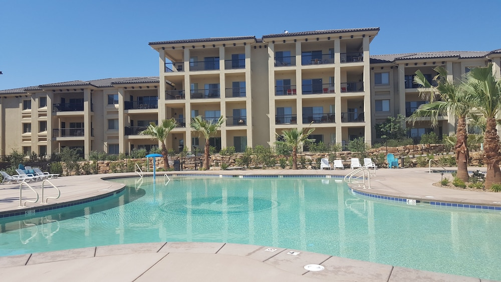 Pool, Estancia Resort! New Beauty in St George With Heated Pool and Pickleball