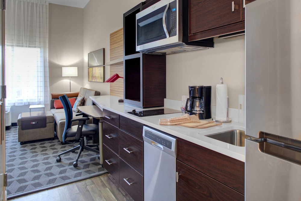 Private Kitchen, TownePlace Suites by Marriott Phoenix Chandler/Fashion Center