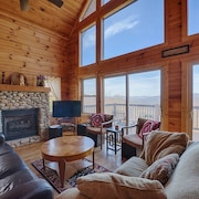 Heavenly View - 5 Br cabin by RedAwning