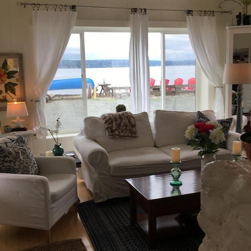 Seattle Get Away Waterfront Beach House On Sunny Bainbridge Island