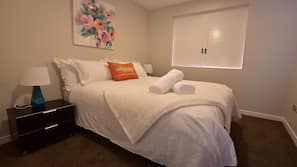 2 bedrooms, premium bedding, iron/ironing board, free cots/infant beds