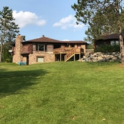 All Season 3 Bedroom Cabin on 40 Acres With Private Lake!