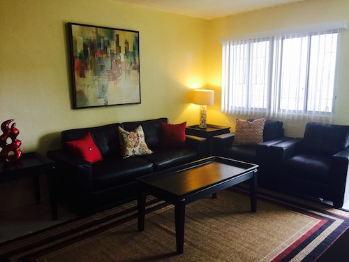 Save NOW $85 Night-2 Bdrm/1 ba Close to Navy Base