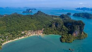 私人海灘、躺椅、太陽傘、海灘按摩