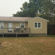 3 Bedroom Lake Cabin for Rent on the Shores of Beautiful Devils Lake, ND
