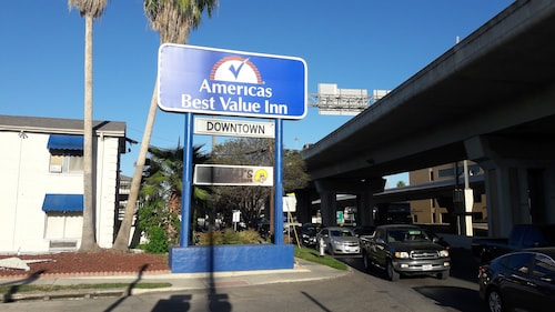 Americas Best Value Inn Riverwalk Downtown Market Square