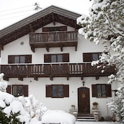 Cozy Apartment at Isar and Karwendel