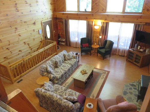 Vacanze a lake toxaway viaggio a lake toxaway con for Cabine sospese di rock state park nc