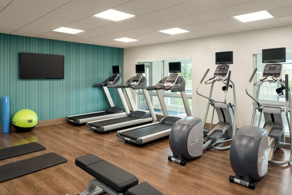 Fitness Facility, Holiday Inn Express & Suites West Des Moines - Jordan Creek, an IHG Hotel