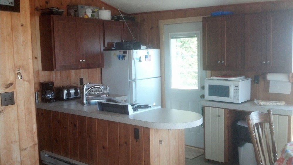 Private Kitchen, Lake Michigan Beachfront! Private Beachfront!