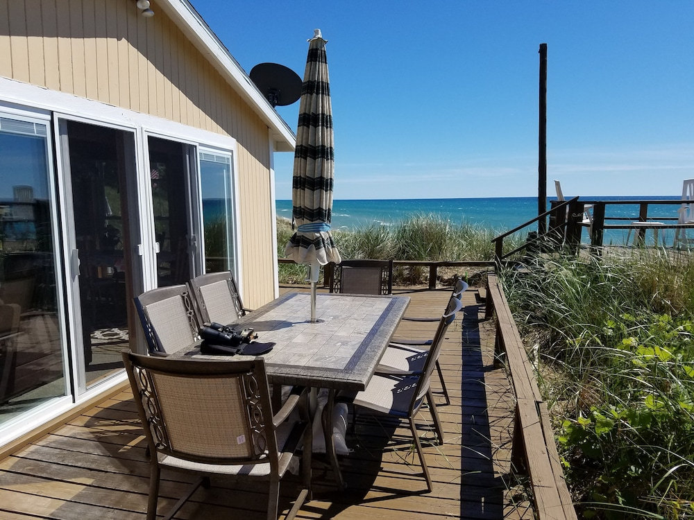 Featured Image, Lake Michigan Beachfront! Private Beachfront!