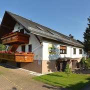 Apartment Linde for 4 Pers. in Drognitz, OT Lothra, Thuringia, Close Hohenwartetalsp