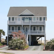 Great Oceanfront Home! 5br, Private Pool, Hot tub & Elevator