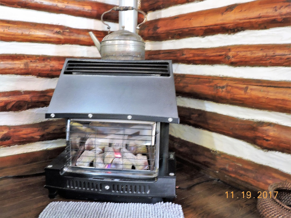 Room, Authentic Log Cabin, 1.25 Acres, Seasonal Creek, Fireplace! 1.6 Miles to Square