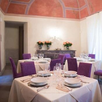 Castello di Pontebosio Luxury Resort - Reviews, Photos