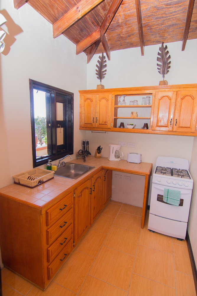 Private Kitchen, Samfi Gardens