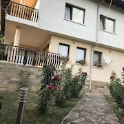 Beautiful Family Mountain Home in Tryavna