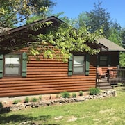 Perfect Lakefront Cabin On Table Rock With WiFi Available