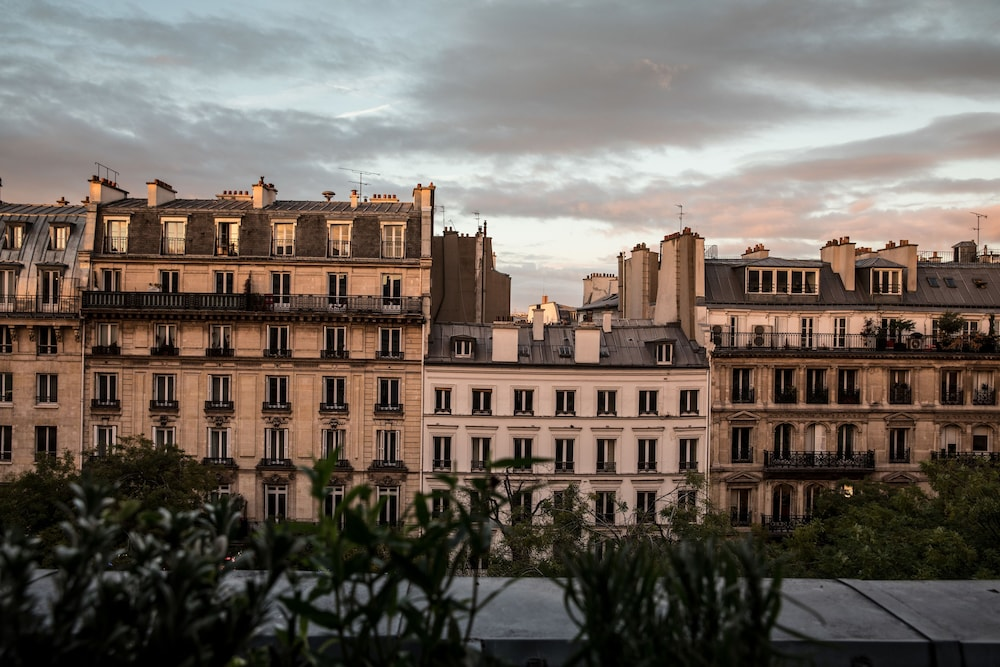 View from Property, Hôtel Des Grands Boulevards