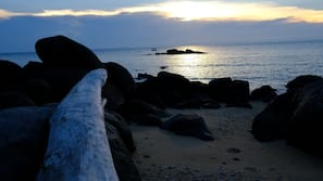 Private beach, free beach shuttle, snorkelling, beach bar