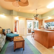 1-203 The Beach Villas at Kahalu'u - 3 Br condo by RedAwning