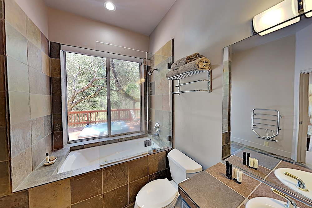 Bathroom, 2600 Glen Ellen Home - 3 Br home by RedAwning