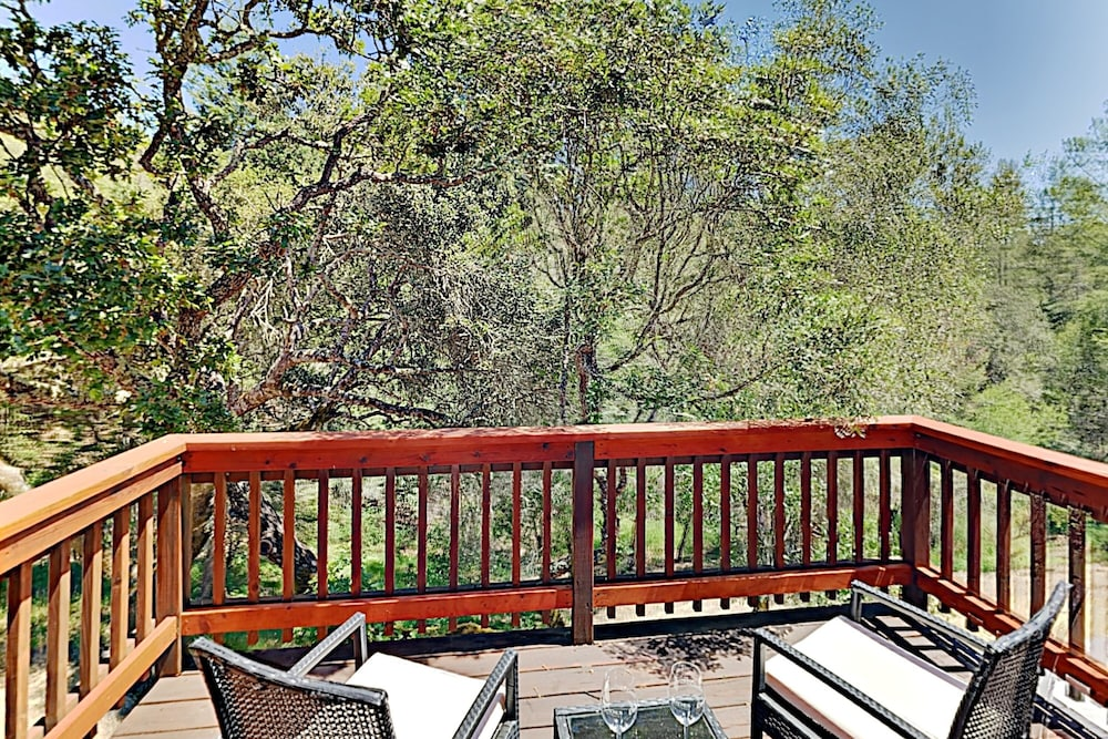 Balcony, 2600 Glen Ellen Home - 3 Br home by RedAwning
