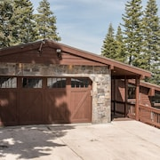 11731 Ski Slope Way Home - 4 Br chalet by RedAwning