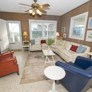 Beachy Keen - 3 Br home by RedAwning
