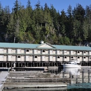 Telegraph Cove Resort