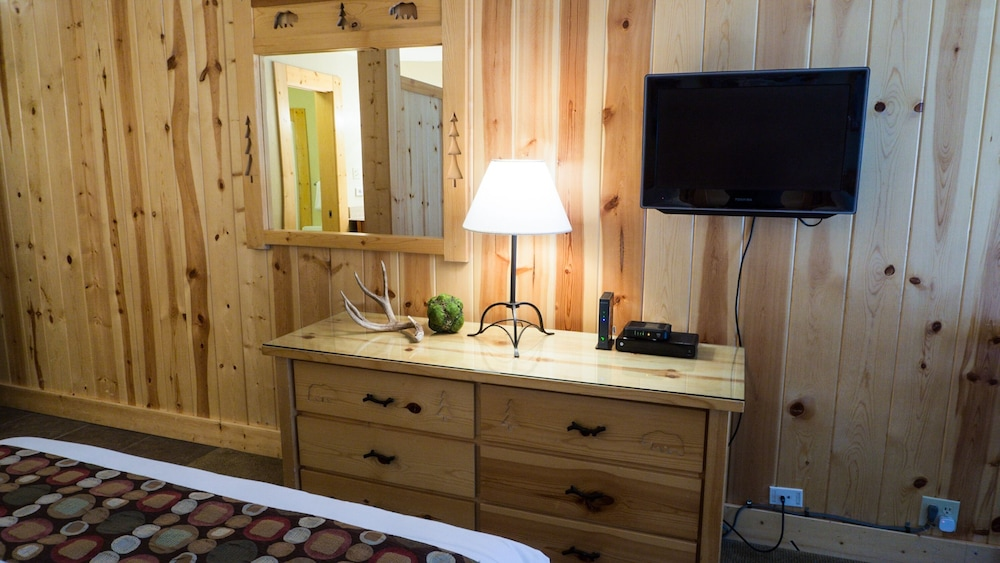 Room, Northstar Village 215