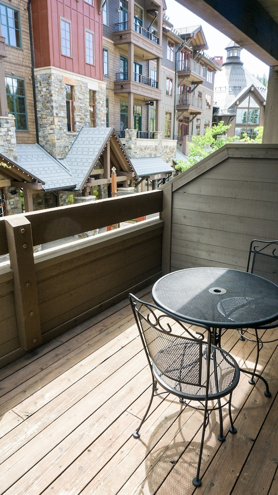 Balcony, Northstar Village 215