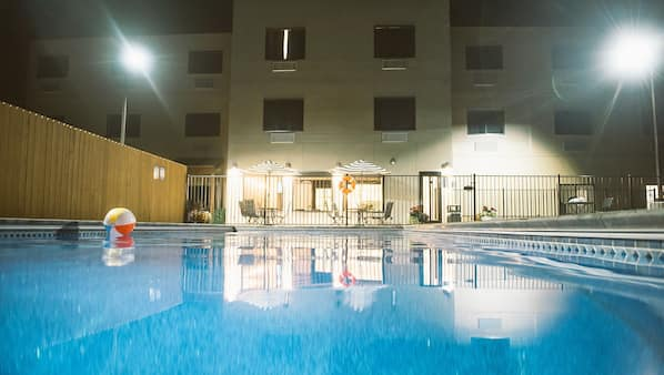 Outdoor pool, open 6:30 AM to 10:30 PM, pool umbrellas, sun loungers
