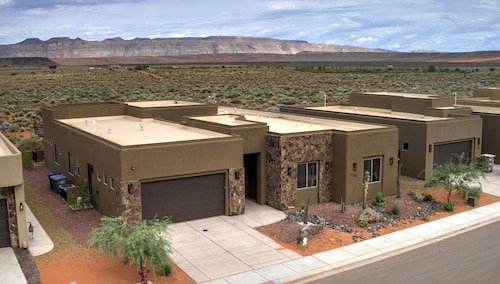 Luxury Home Minutes to Zions/golf/lake/atv/tuacahn