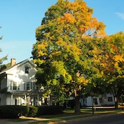 Elegant Newly Renovated 19th Century New England 2BR Vacation Rental