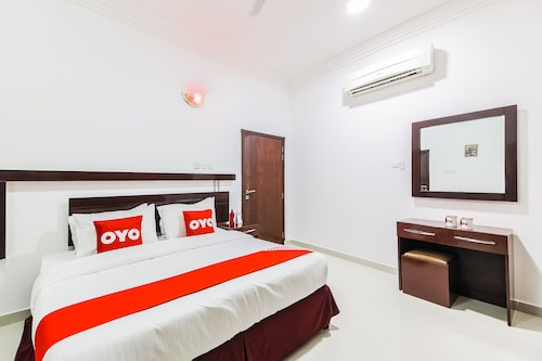 OYO 115 Star Emirates Furnished Apartment