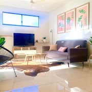 Darwin City Chic Apartment at the KUBE