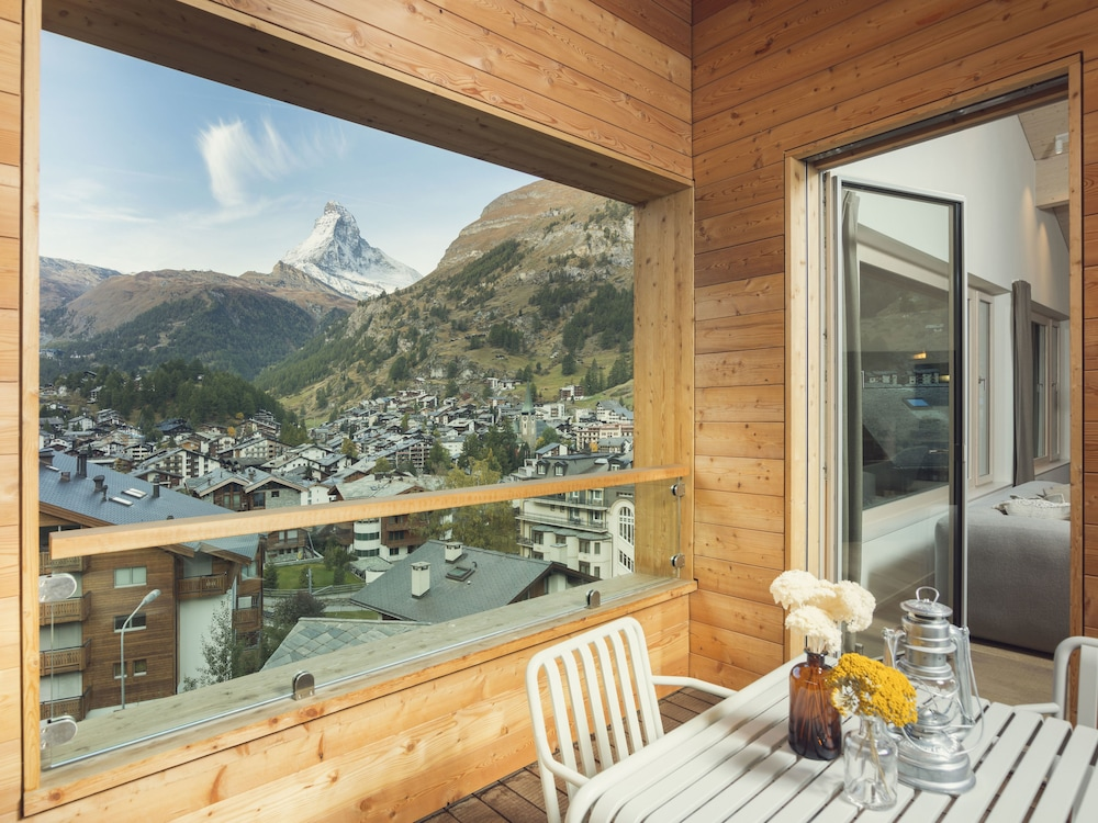 Balcony View, OVERLOOK Lodge by CERVO Zermatt