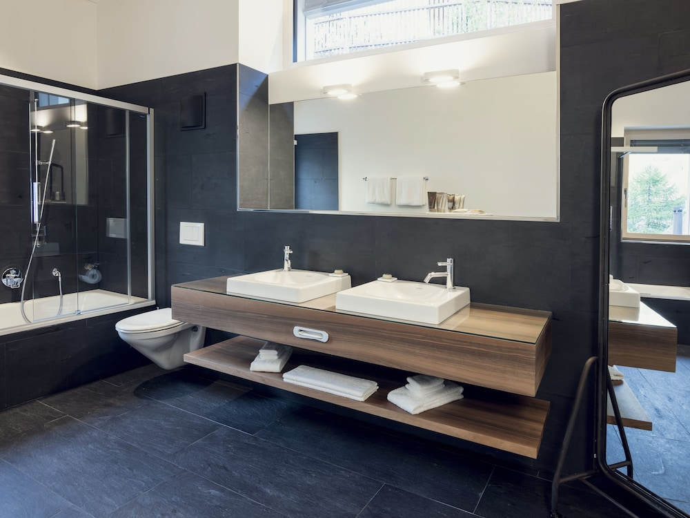 Bathroom, OVERLOOK Lodge by CERVO Zermatt
