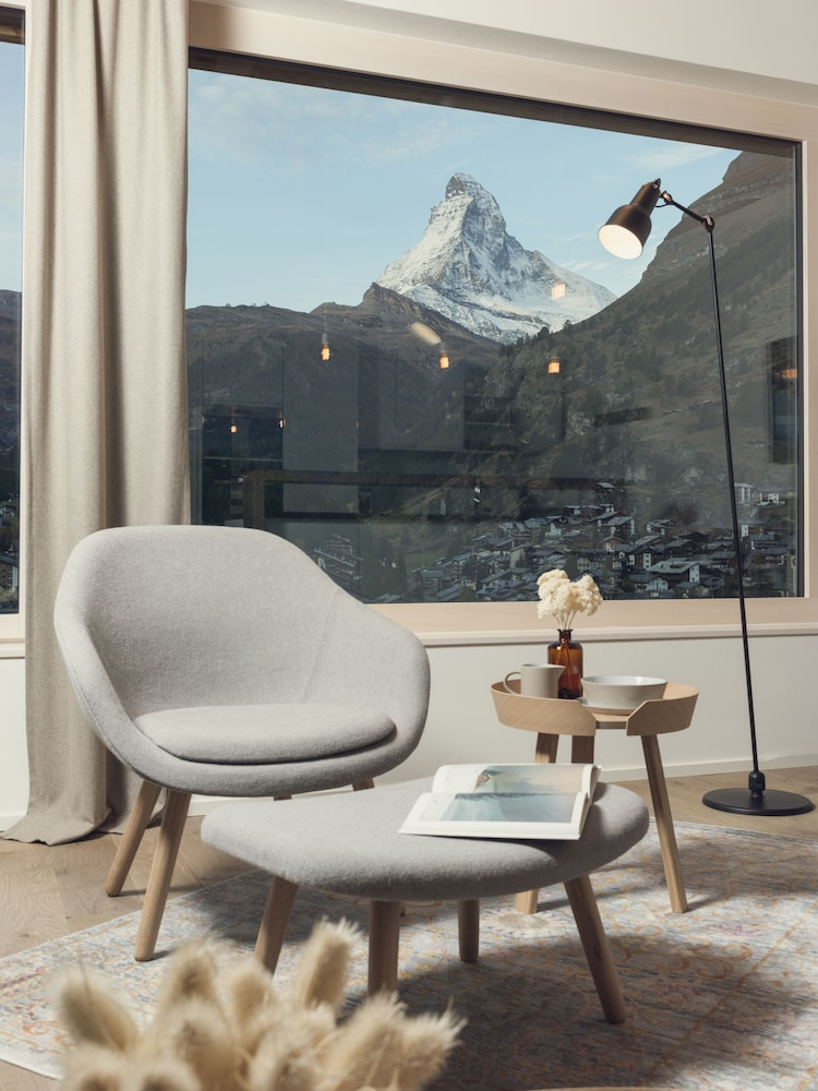 Interior, OVERLOOK Lodge by CERVO Zermatt