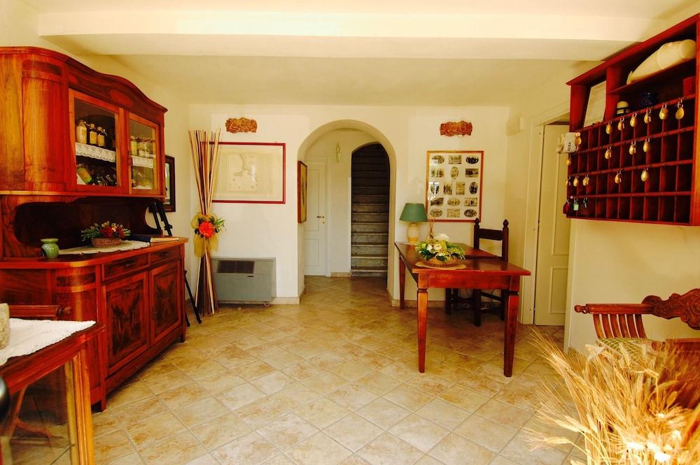 Castello Monticello, Isola del Giglio: Hotelbewertungen 2019 ...