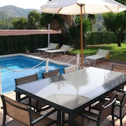 Barcelona Sitges 7 Bedrooms Pool 12 Meters Ideal Families and Holidays