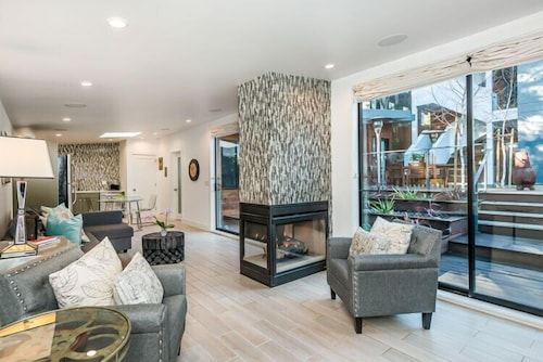 Modern , Private and Safe, 20 min From SF Downtown Str-0000327
