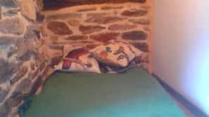 2 dormitorios, cunas o camas infantiles gratuitas, wifi gratis