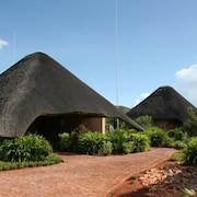 Uris Safari Lodge - Campground
