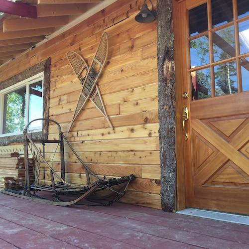 瓦爾登池山林小屋
