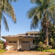 Super Spacious, Hawaiian Home, on Golf Course With A/c!!