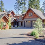 Suncadia's Best! Three Sisters Lodge | 6BR + Bonus | Game Room | Hot Tub