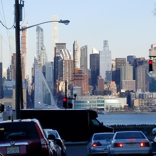 Amazing Manhattan Skyline Views-2 Minutes Walk To Bus To Times Square In Minutes